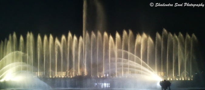 Watershow1